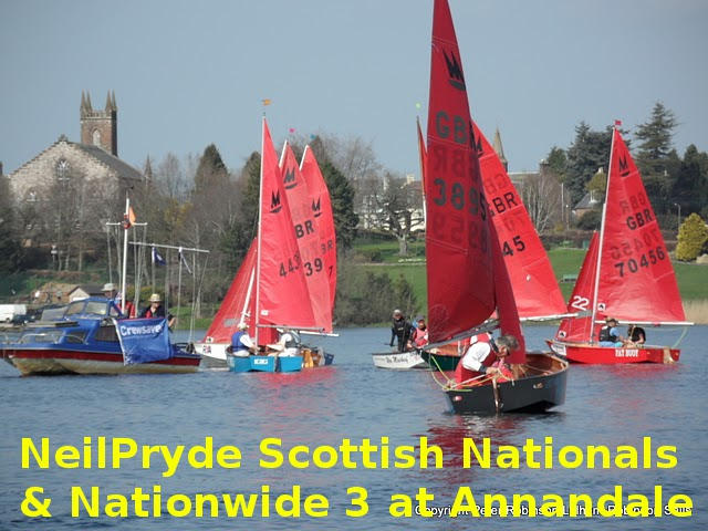 Mirror dinghies racing at Annandale